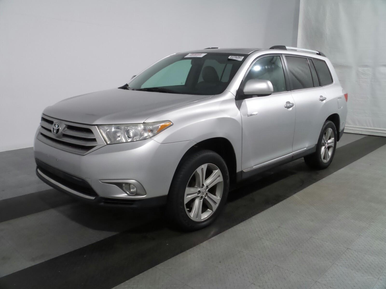 """2013 Toyota Highlander """"SUNROOF"""" LIMITED**ONLY 70K MILES!!**Camera**BLUETOOTH**$18, 900"""